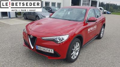 Alfa Romeo Stelvio First Edition 2,0 ATX AWD First Edition Light bei Autohaus Leibetseder GmbH in Ihre Fahrzeugfamilie