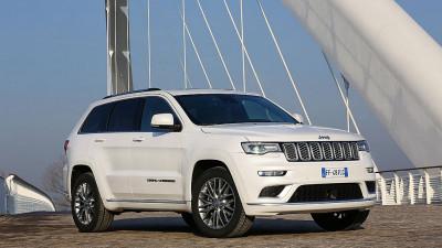 Jeep Grand Cherokee 5,7 V8 HEMI Summit bei Autohaus Leibetseder GmbH in Ihre Fahrzeugfamilie