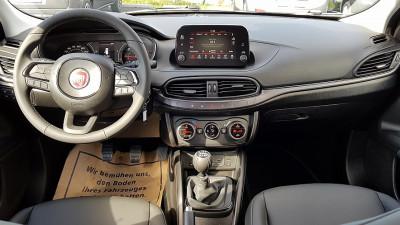Fiat Tipo 1,6 MultiJet II 120 S-Design DDCT bei Autohaus Leibetseder GmbH in Ihre Fahrzeugfamilie
