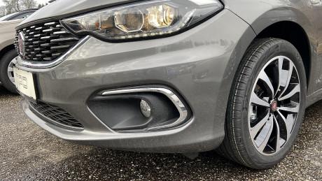 117188_1406437325415_slide bei HWS || Autohaus Leibetseder GmbH in