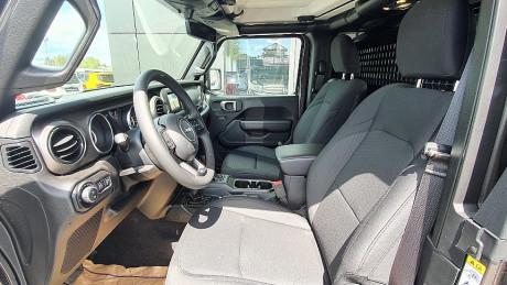 120888_1406452457457_slide bei HWS || Autohaus Leibetseder GmbH in