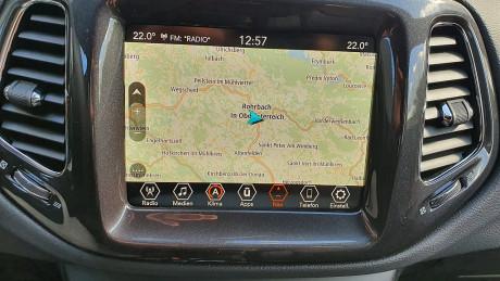 126993_1406475833289_slide bei HWS || Autohaus Leibetseder GmbH in