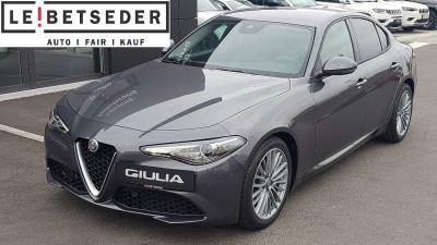 Alfa Romeo Giulia Super 2,2 180 AT RWD bei HWS || Autohaus Leibetseder GmbH in