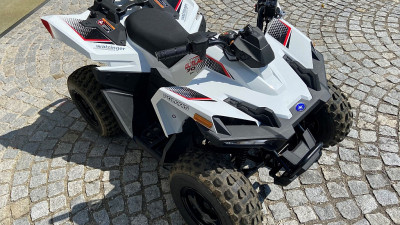 Polaris Outlaw 70 EFI bei HWS || Autohaus Leibetseder GmbH in